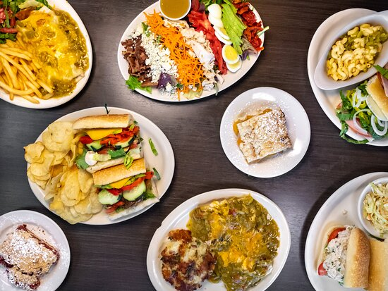 Ordering online from Flancer's has never been easier, whether you're looking for dinner for your immediate family or catering for a bigger group. Just visit our website on your desktop or mobile device and you're on your way to the easiest, most delicious graduation party meal in Arizona!