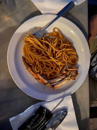 Spaghetti ai ricci e con polpa di 🦀