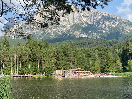 Tripadvisor - Il Lago di Fiè con lo Sciliar - תמונה של Lago di Fiè, פייה אלו שיליאר