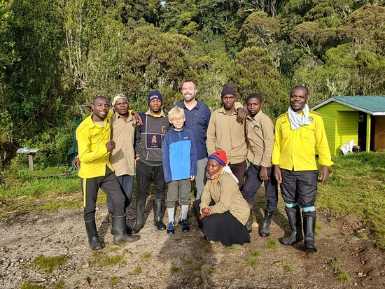 The crew that took great care of us, including our amazing guides Dan and Yosam in yellow.