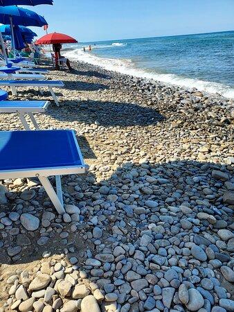 """Questa è la spiaggia riservata del """" RESORT!!!!!! """""""