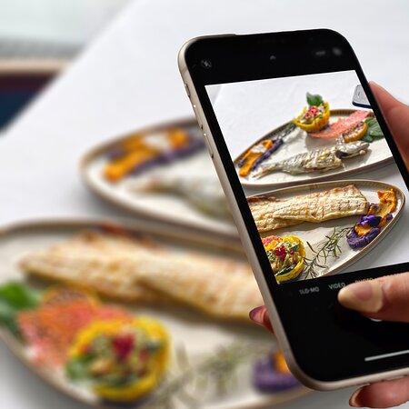 Harika sunumlar🤩, eşsiz tatlar 💯  #MaviBalık - Kuruçeşme/Ortaköy 📍  ☎️+90 532 599 2010 📱+90 212 265 54 80-81  #balıkrestoranı #safetourism #restoran #rakı #balık #meze #food #seafood #kuruçeşme #ortaköy #mesafenikoru #sorumlulukhepimizin #turyid