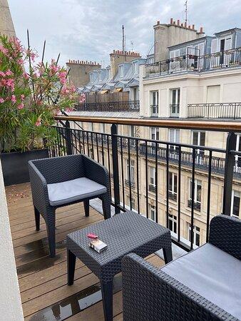 Hôtel vendome OPERA 11 bis rue de l'arcade à paris séjour du 24 au 27 juin 2021