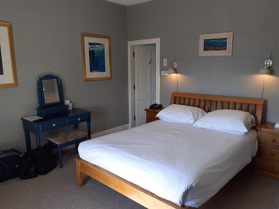 Irvine Room (No. 6)