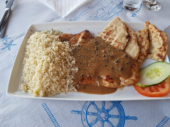 Kardamena, Grèce : Food photos are so not me, but if you are EVER in Kardamaina (no - just ever on Kos!) come to Yalos on the harbour front and sample real Greek food. Poppy is amazing, the food is wonderful and the hospitality is perfect.