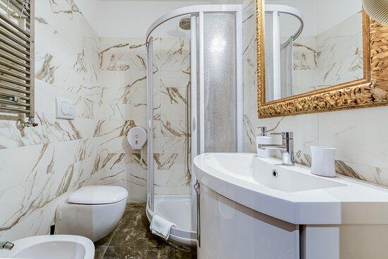 Tripadvisor - Room N. 01 - Comfort double - תמונה של Le Suite Downtown, רומא