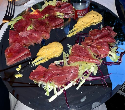 L'Ancora - PIATTI - Tartare di tonno rosso pinna gialla: qualità ottima e prodotto rispettato ed esaltato;