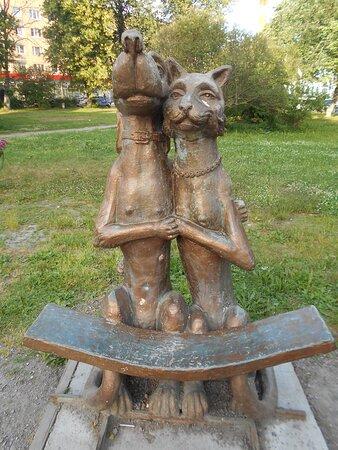 Лавочка Кошка с собакой