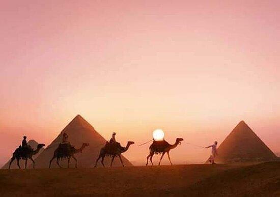 Giza, Egypten: Cecilia egypt tours