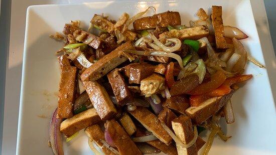 Deep fried tofu et légumes