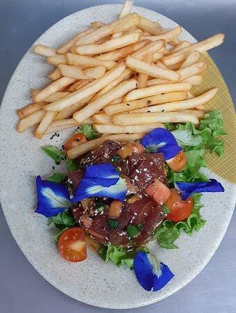Poké frites !  Un vrai délice ! / Raw fish