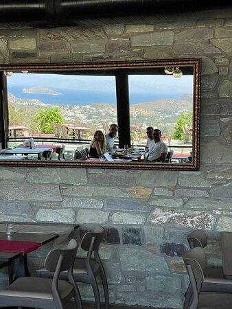 Greta Restaurant Cafe&Bar