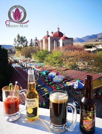 San Pablo Villa de Mitla, Mexiko: Cervezas Nacionales y Artesanales!! Chica mala: notas de cacao que evocan al tejate Oaxaqueño!!