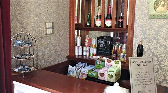Kingscroft Honesty Bar (Alcohol Free)