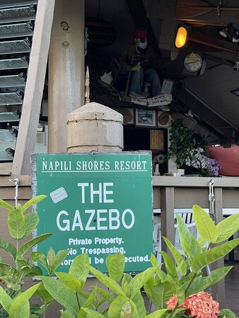 Gazebo Restaurant Sign
