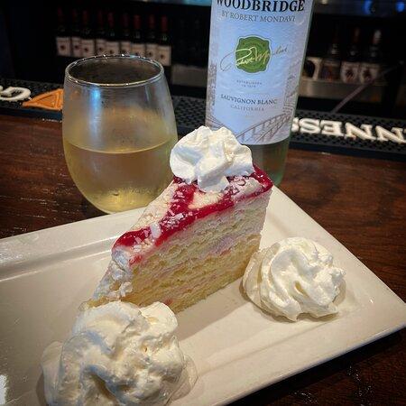 Strawberry Short Cake .... Cake