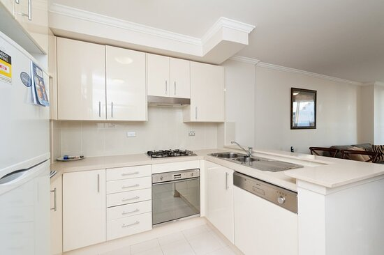 Chatswood Executive Bedroom Kitchen