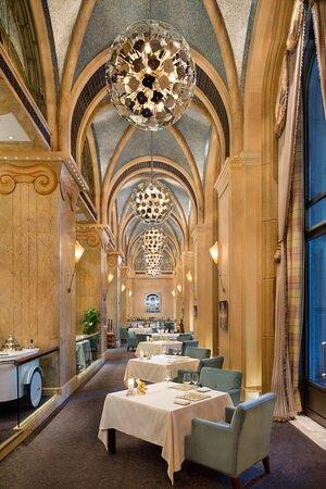 Emirates Palace - Mezzaluna 2