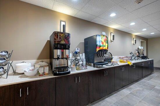907_Breakfast_Area_1