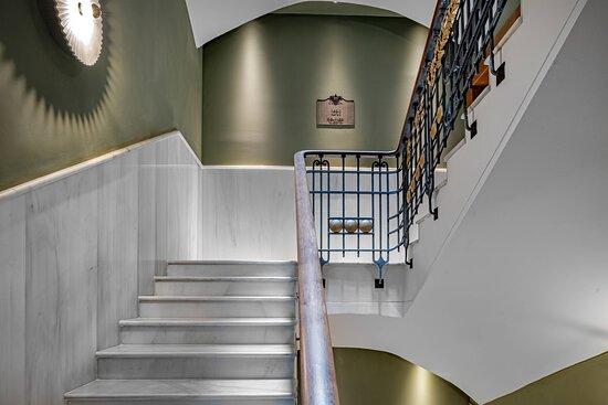 Modernista Staircase