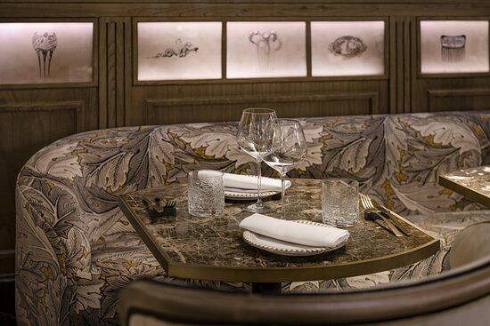 El Modernista Bar - Detail