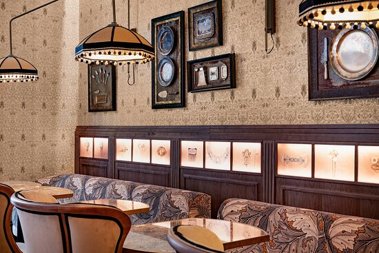El Modernista Restaurant