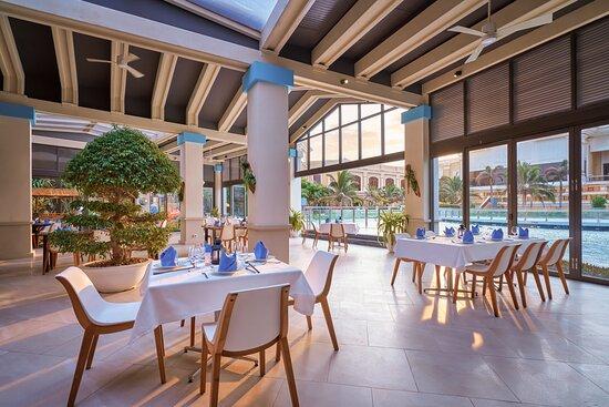 Restaurant at InterContinental Grand Ho Tram