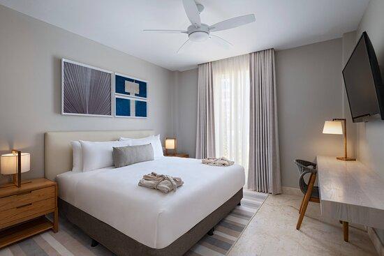 Three-Bedroom Beachfront Villa - Guest Bedroom