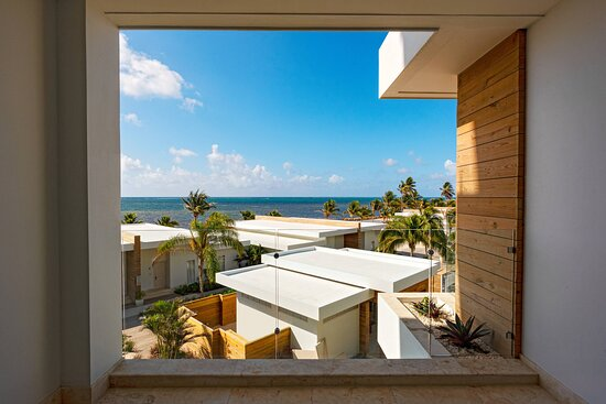 One-Bedroom Vista Suite - Oceanview
