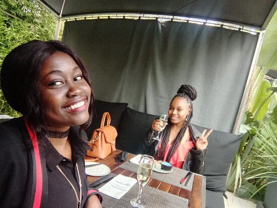 Enjoying Mawimbi's sparkling wine