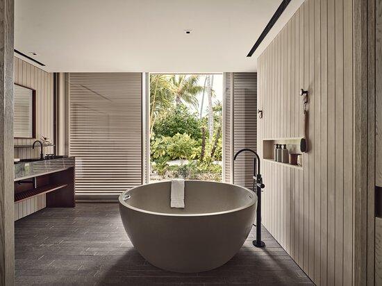 Tripadvisor - One Bedroom  Water Villa with Pool  - תמונה של Patina Maldives, Fari Islands, אטול מאלה הצפוני