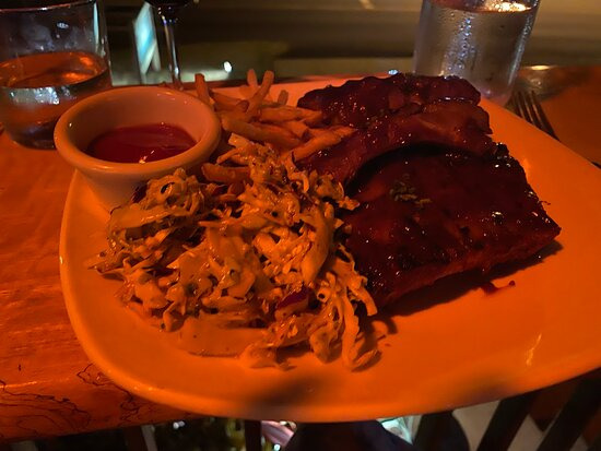 Rib entree (full rack) with fries and cole slaw