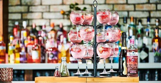 Gin Tree at World Bar