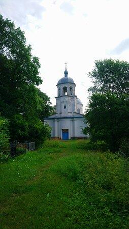 Церковь Успения Пресвятой Богородицы. Вид с запада.
