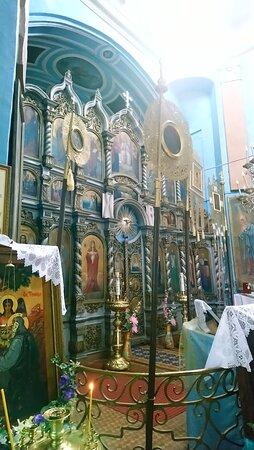Церковь Успения Пресвятой Богородицы. Иконостас.