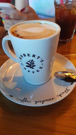 mark antalya roberts cafe