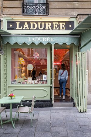Ladurée rue Cler
