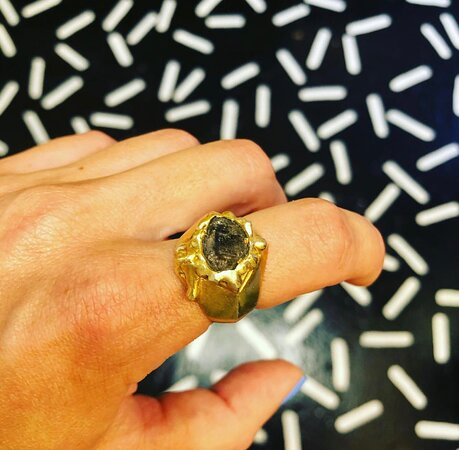 Herkimer smoke Diamond ring by neso studio is waiting for your finger.