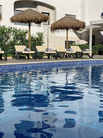 Tripadvisor - Reception - תמונה של Agua Hotels Alvor Jardim, אלבור