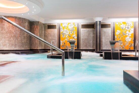 Warm Pool Hotel Diana Arinsal