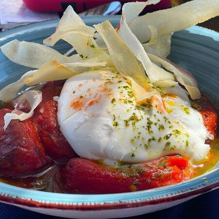 Burrata amb Tomàquet confitat