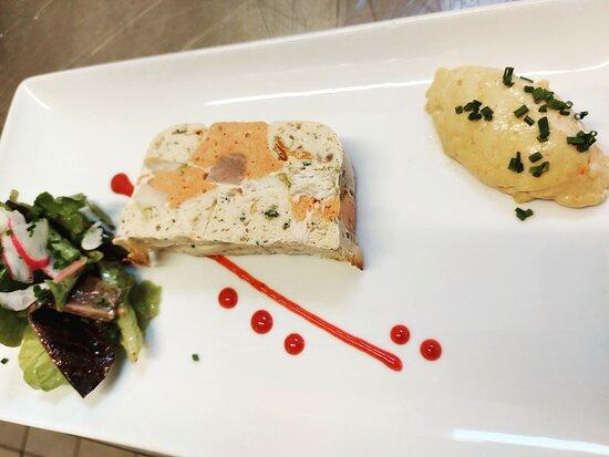 Terrine d espadon et saumon mayonnaise aux épices saté