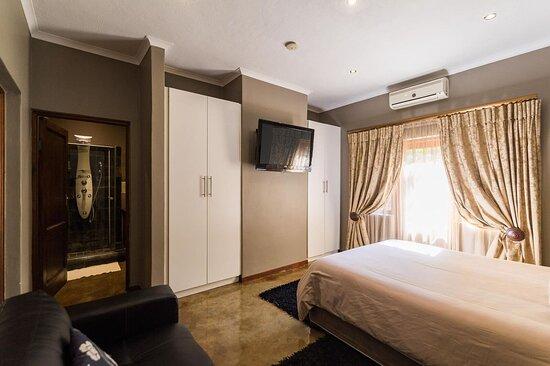 Room 8