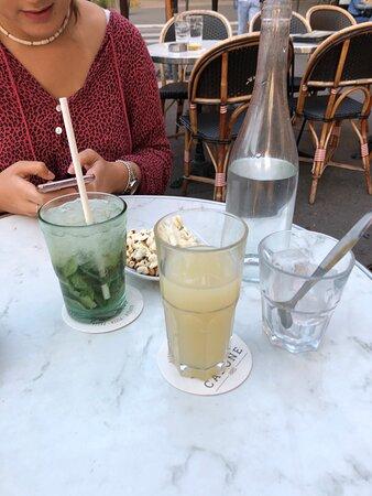 Super terrasse au Capone, les boissons sont très bonnes, le serveur Nico est à l'écoute et vous accueille avec le sourire!