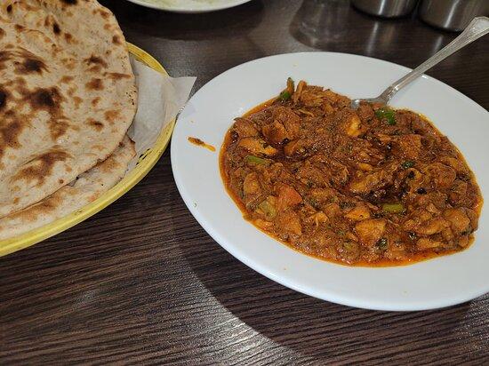 Chicken Rogan Josh with Tandoori Roti