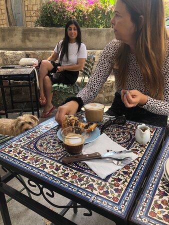 Ein Hod, Israel: Cafe morning