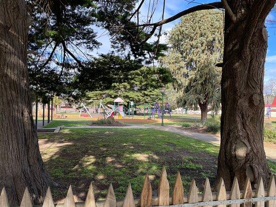 Lion's Memorial Park