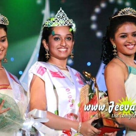 Palakkad District, Indien: The winners of miss kerala 2010 miss indu thampi first and second runners up of which one was from ottapalam( kerala) I presume late ingrid Bergman many movies autobiography 80 swede