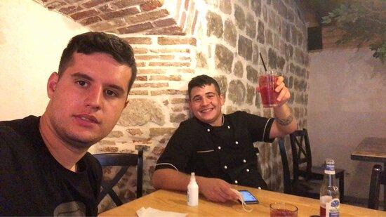 Bilder på Gastro Pub 702 – Bilder på Kotor kommun - Tripadvisor