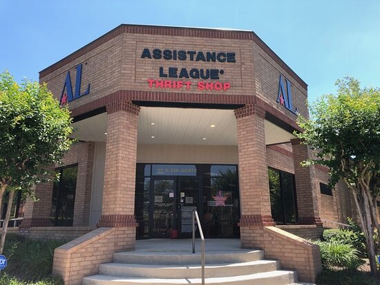 Assistance LeagueR Montgomery County Thrift Shop